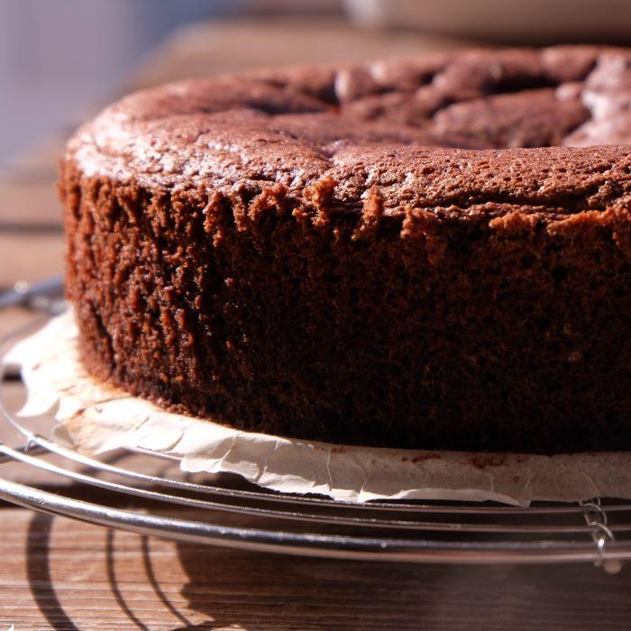 Recette de gâteau au chocolat à la courgette et aux graines de chia <br>