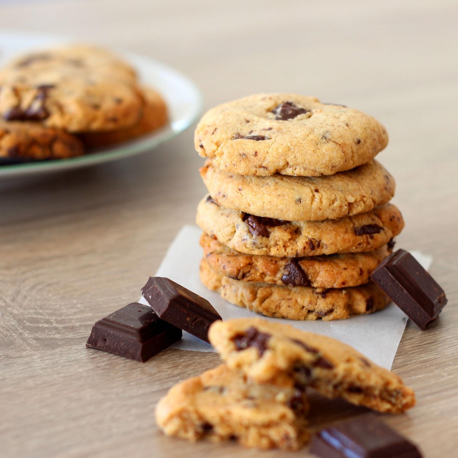 Cookies aux flocons d\'avoine et au beurre de cacahuète <br>