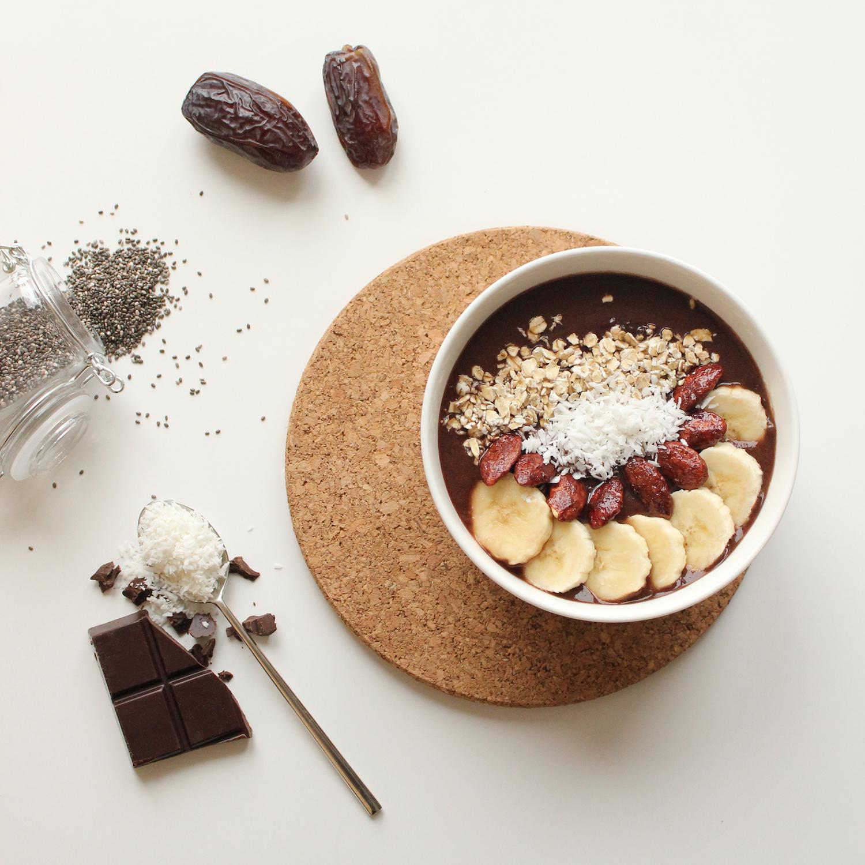 Smoothies Bowl au chocolat et graines de Chia <br>