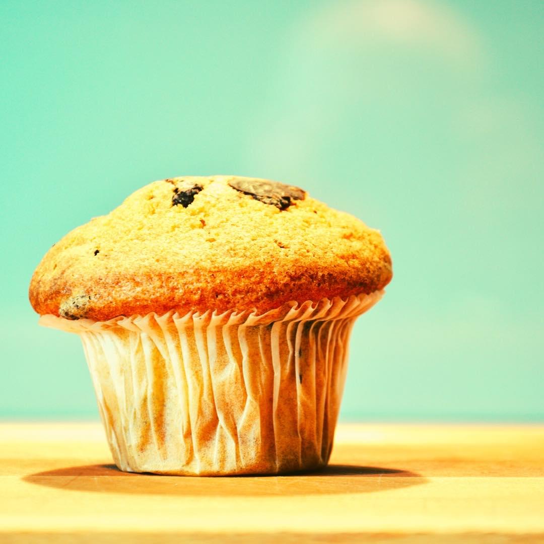 Muffins aux fruits confits et à la cannelle bio