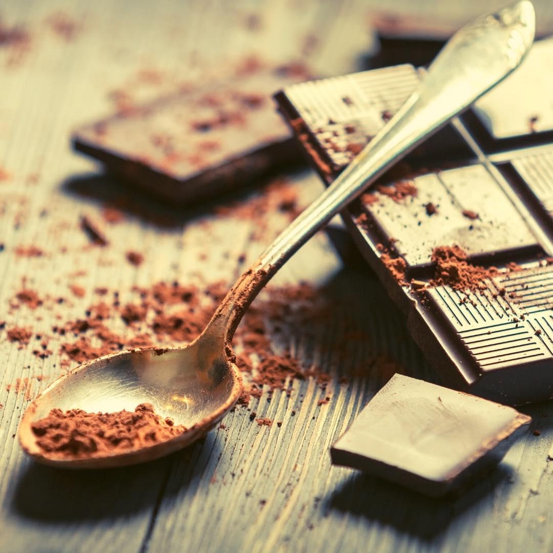 Carrés de chocolat au sésame bio
